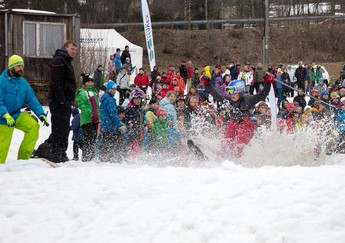 SNOW SPLASH 2015